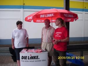 Das heutige Team (nicht auf dem Foto ist Janin weil sie gerade mit Wählern spricht)